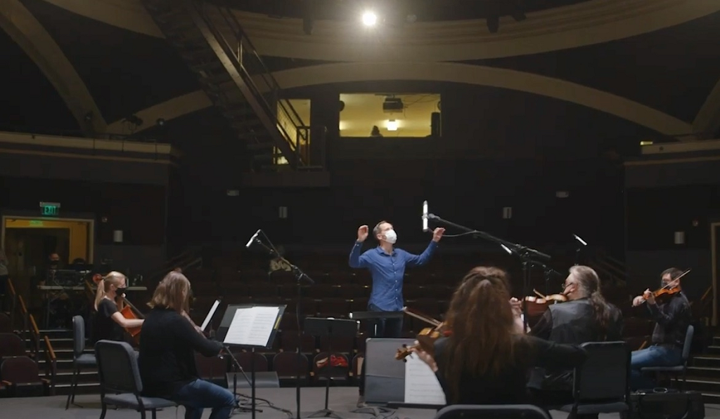 South Bend Symphony Orchestra Brings the Audience Onstage with FLUX:: Immersive